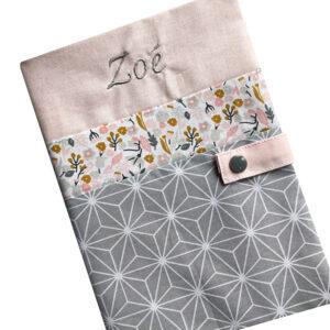 Protège carnet de santé personnalisé – Rose Zoé