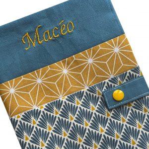 Protège carnet de santé personnalisé – Bleu Macéo